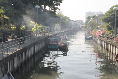 Pattaya Fietstour - De Klongs in Chinatown